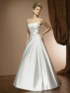 Allure 2312 Sz:14 Ivory Cafe Original Price:$849Our Price: $399.00