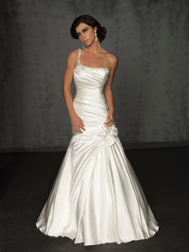 Abeille bridal designer wedding gowns at affordable prices for Designer wedding dresses with prices