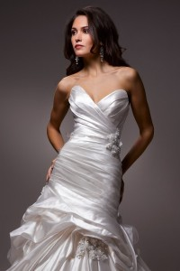 Maggie SotteroAlita A3542 Sz: 10 Ivory Original Price:$1389Our Price: $659.00